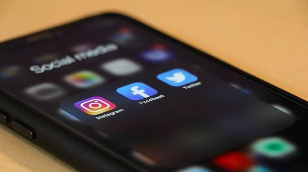 A-utilização-de-redes-sociais-permite-lhe-melhorar-o-seu-saber-fazer