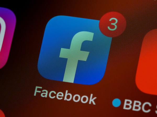 O Facebook permite-lhe conhecer as pessoas certas